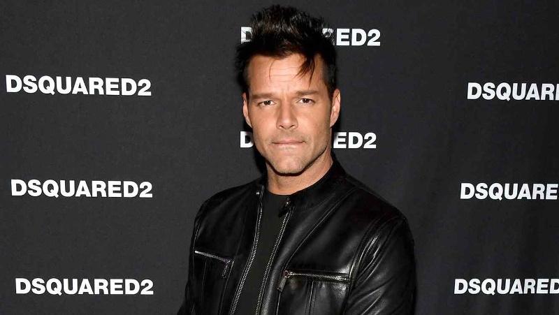 ¡Anda desatado! Ricky Martin enseña su trasero totalmente desnudo #FOTO