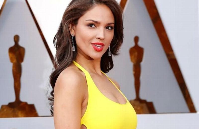 She got it!  Eiza González triunfa en todo el mundo ¡por su vestido amarillo! #FOTOS