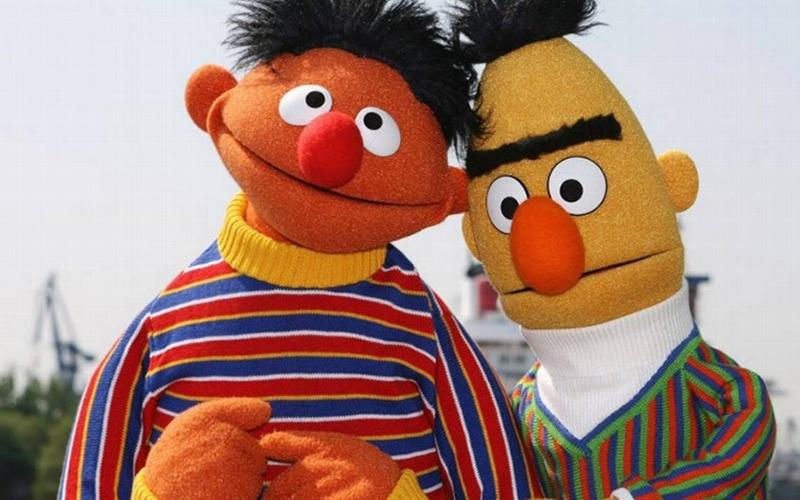 Beto y Enrique, de 'Plaza Sésamo' salen del closet y confirman que son pareja