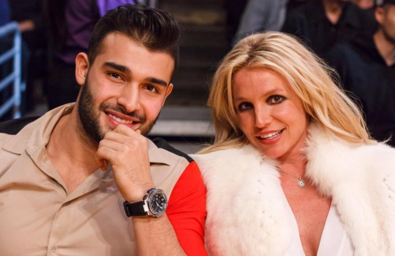 Britney Spears da señales de vida tras 'obligada' hospitalización #FOTO