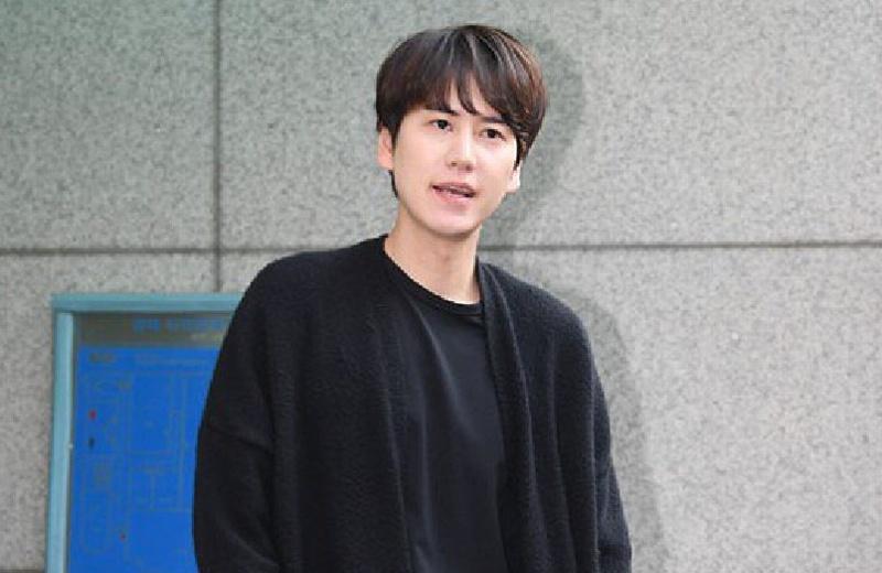 Kyuhyun de Super Junior tendrá disco tras su salida del ejército