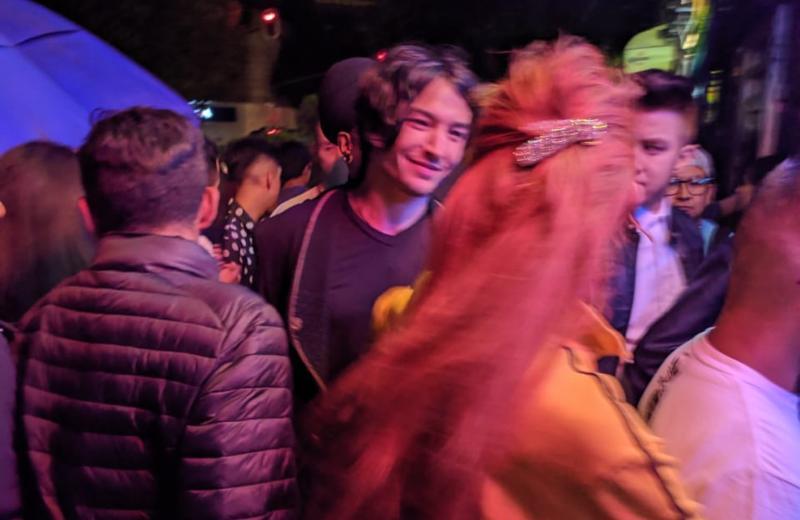 Así estuvo la noche de perreo intenso de Ezra Miller en la CDMX #FOTO