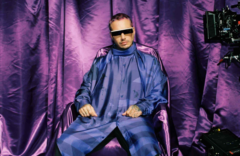 J Balvin se pone 'Morado' con su nuevo sencillo' #VIDEO