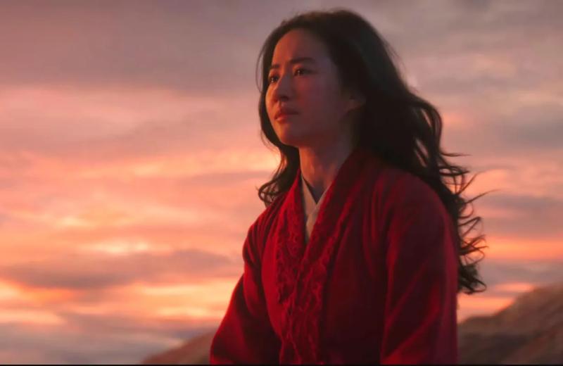 Nuevos pósters del live action de 'Mulan' muestran 'su reflejo' #FOTO