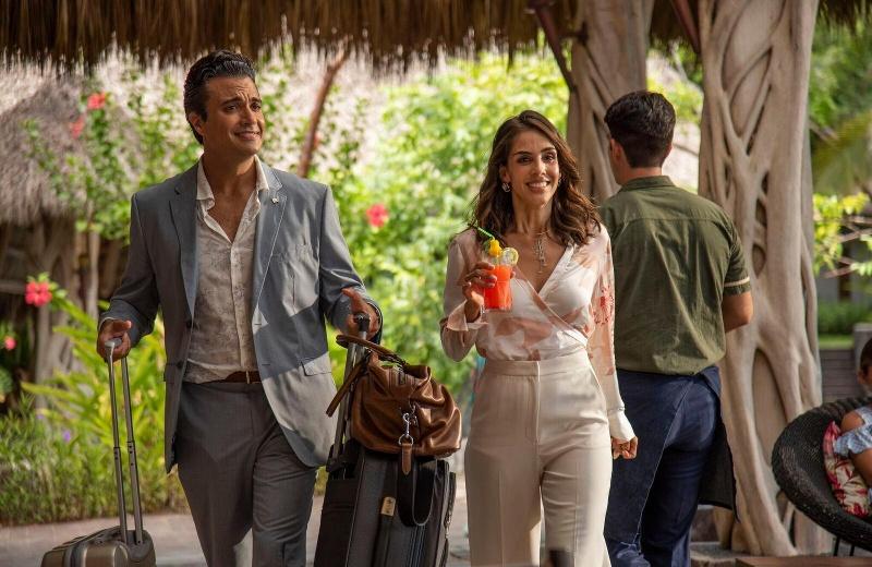 """Sandra Echeverría y Jaime Camil protagonizan la película """"Loco por ti"""""""