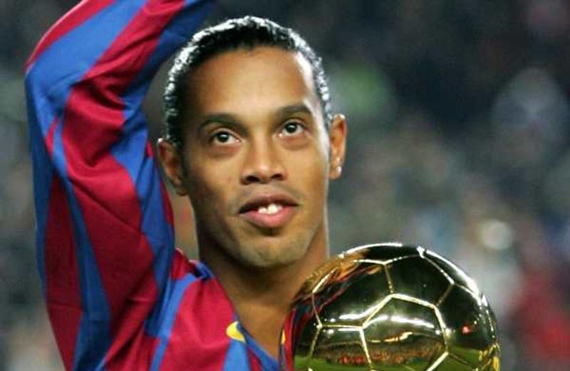 Los mejores memes de la detención de Ronaldinho (+fotos)