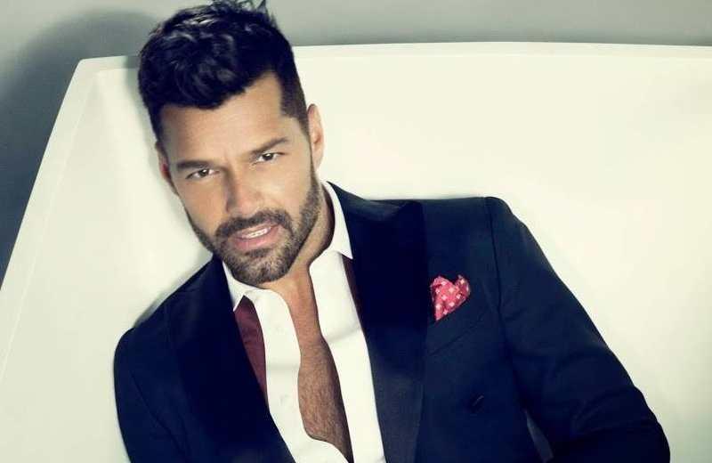 'Brutos e ignorantes' los que rechazan el aislamiento: Ricky Martin (+video)