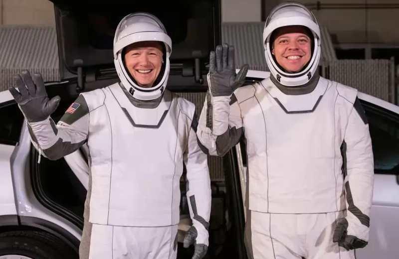 El nuevo diseño de los astronautas del SpaceX (+video/foto)