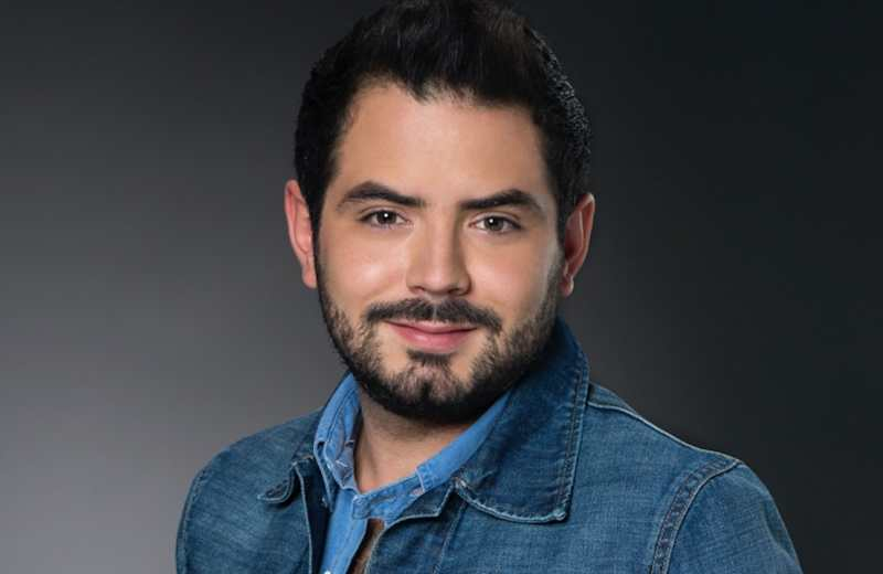 José Eduardo Derbez en busca de muñeca inflable; tiene varios meses soltero
