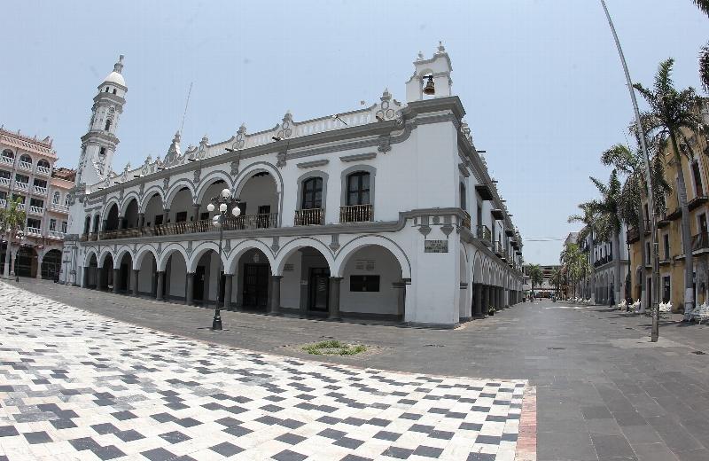 Hoy continúa el calorón en Veracruz; por la noche podría llover