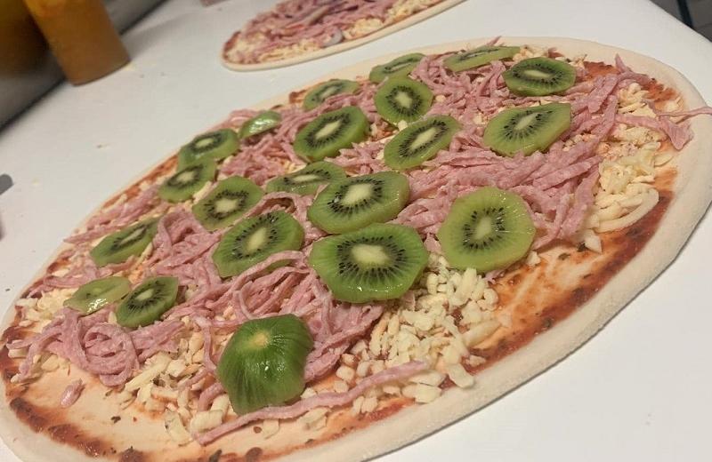 Se divorcia el creador de la pizza con kiwi por culpa del platillo