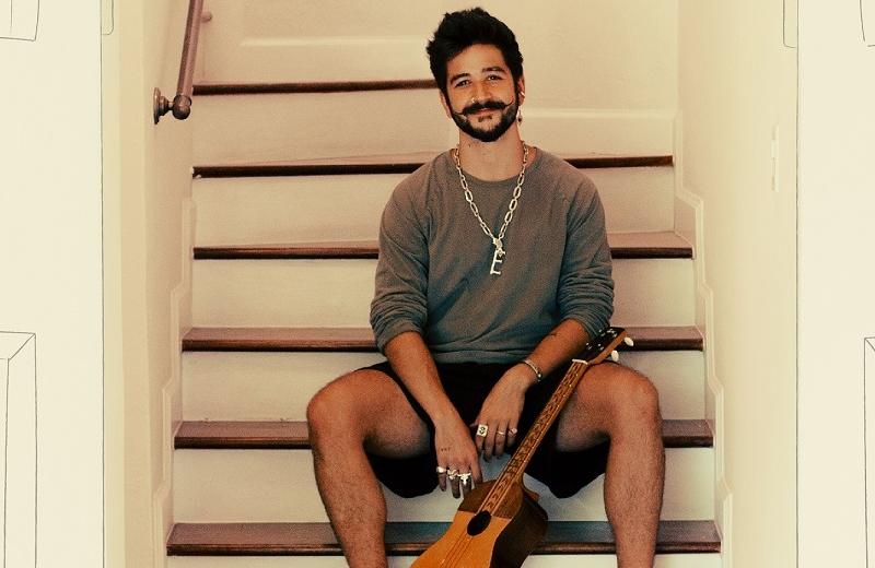 Camilo estrena 'Vida de rico' (+video)