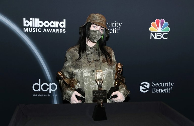 Billie Eilish gana dos premios Billboard Music Awards 2020 (+fotos/video)