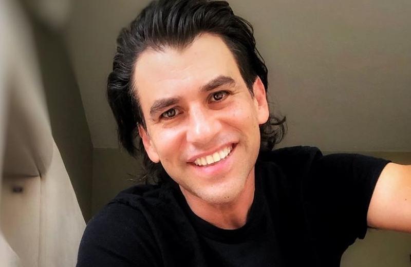 Conductor veracruzano Mauricio Barcelata, contagiado de COVID-19