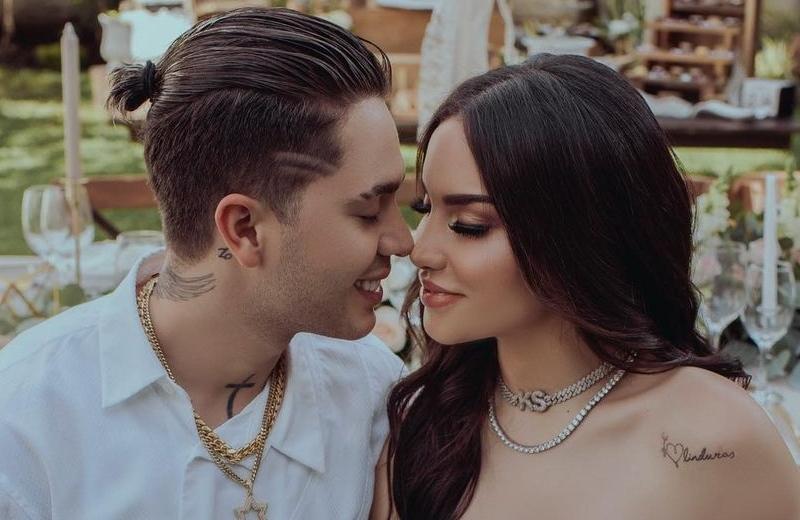 Se casan los youtubers Juan de Dios Pantoja y Kimberly Loaiza (+fotos/video)