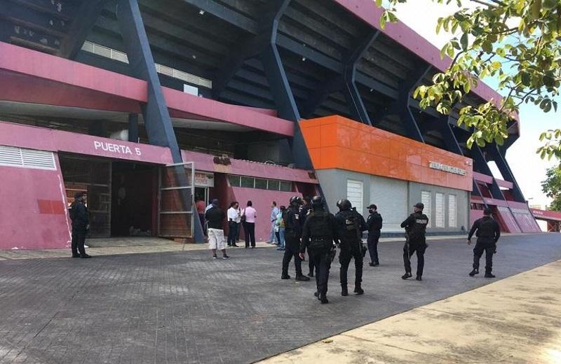 Realizan operativo en el estadio Luis 'Pirata' Fuente (+video/fotos)