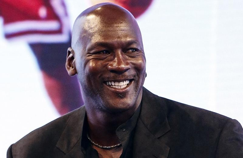 Michael Jordan dona 10 mdd para clínicas en Carolina del Norte