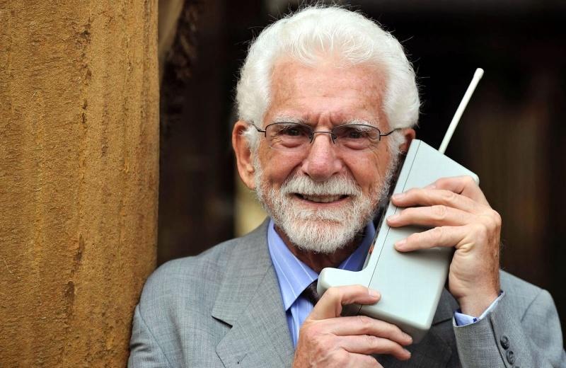 Se cumplen 48 años de la primer llamada desde un teléfono celular