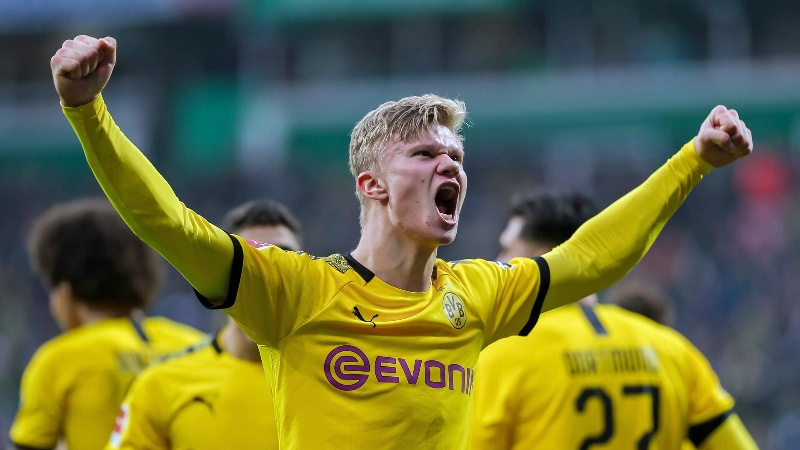 ¡Imparable! Erling Haaland anota doblete en victoria de BVB sobre el Wolfsburg