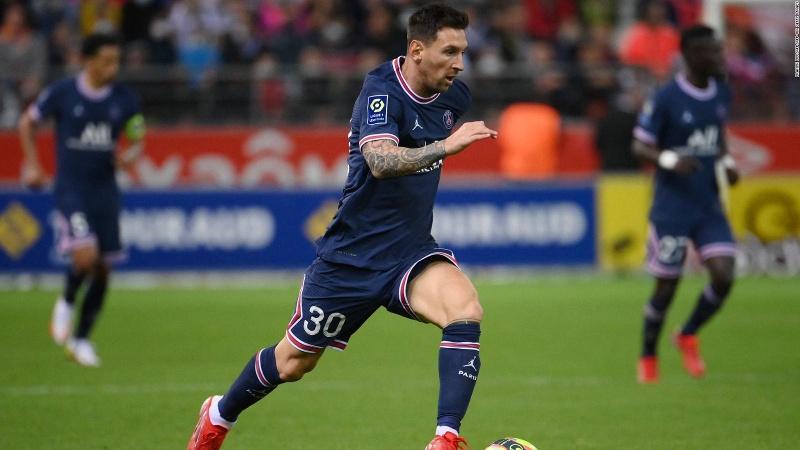 Así debuta Lionel Messi, en su primer partido con PSG (+Video)