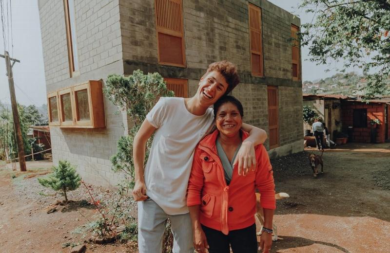 Juanpa Zurita oficialmente entrega todas las casas de 'Love Army México' (+foto)