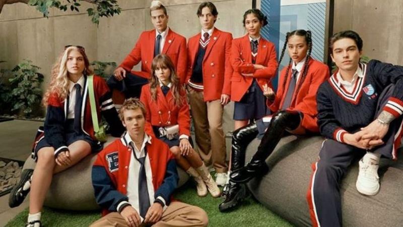 Revelan el nuevo uniforme de 'Rebelde' remake de la telenovela (+foto)